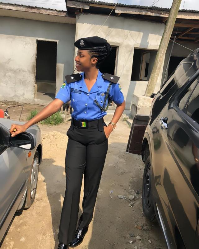 Nigeria's most beautiful Policewoman