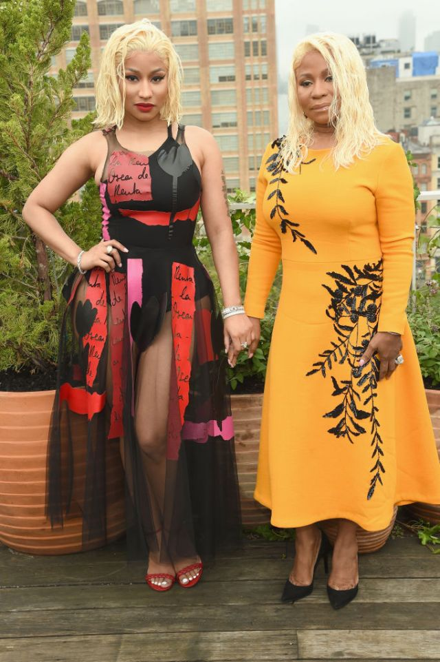 Nicki Minaj & mother, Carol twinning for Oscar De La Renta Show at NYFW 2018 (Photos)