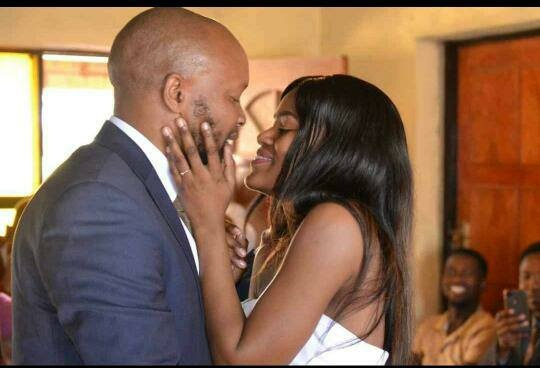 So Sweet, South African Lady Weds The Man Who Photobombed Her 7 Months Ago (Photos)