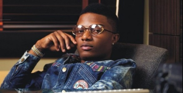 Wizkid turns down artwork showing only one of his sons, insists he loves all his kids equally