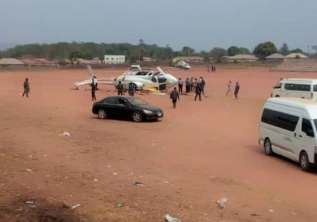 Osinbajo Crash 02 - BREAKING: Helicopter carrying Osinbajo crash lands in Kogi state (photos)