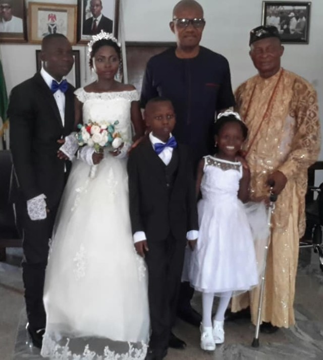 Success' parents finally get married (Photo)