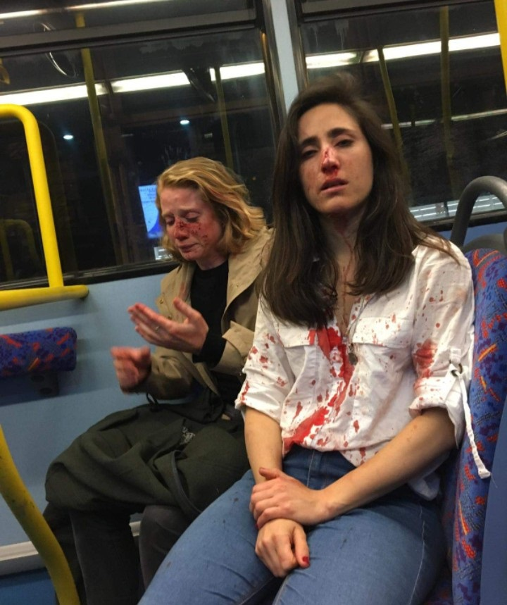 2 Lesbians On Journey In London Bus Caught While Kissing Each Other