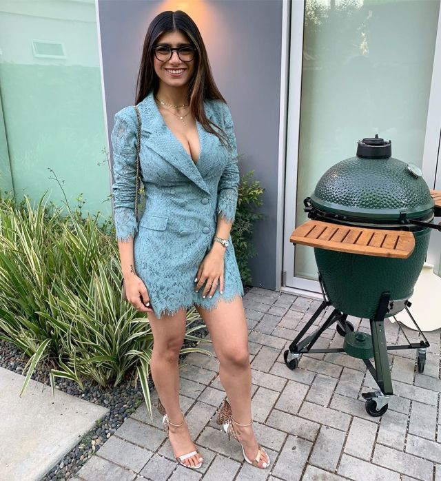 """I only made a total $12k (N4.3m) in my Career as a Porn star"" - Mia Khalifa reveals"