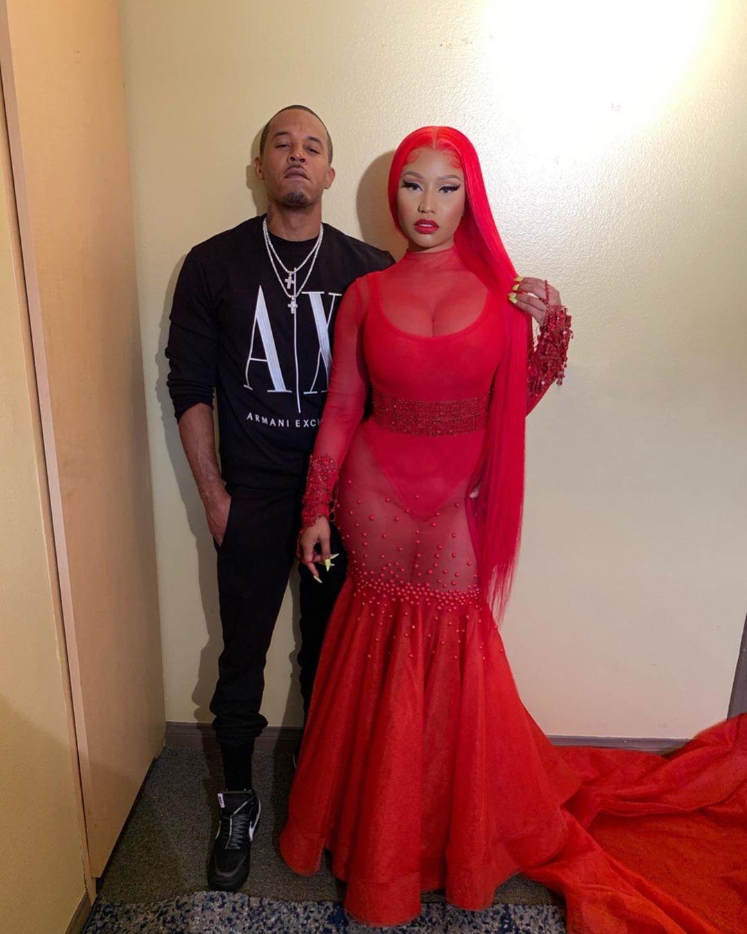 Nicki Minaj weds her fiance Kenneth Petty (Video)