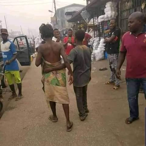 Photos: Mentally- challenged couple spotted celebrating Valentine's Day in Edo 4