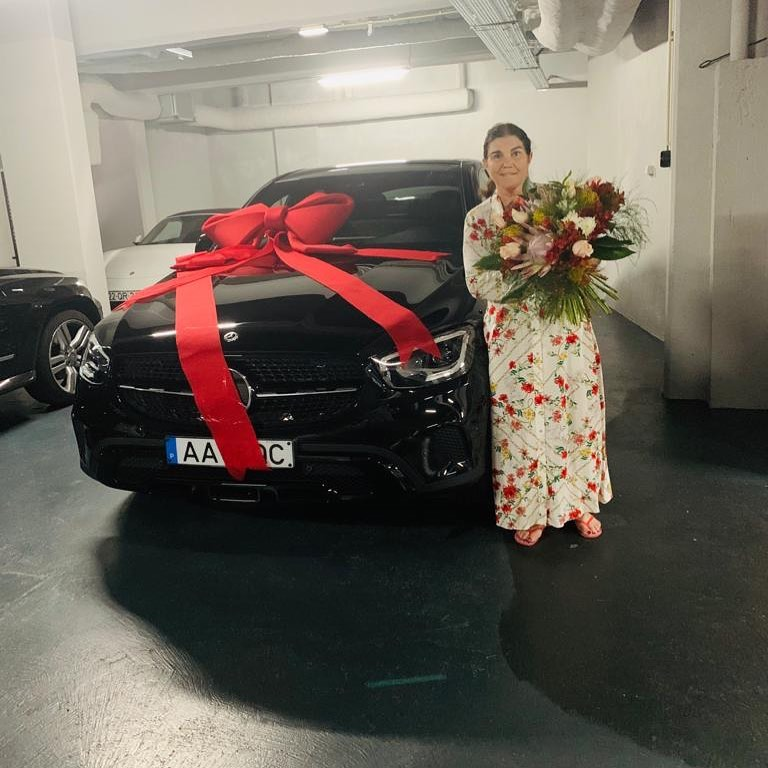 Cristiano Ronaldo buys mother brand new Mercedes to celebrate her on Portuguese Mother's Day