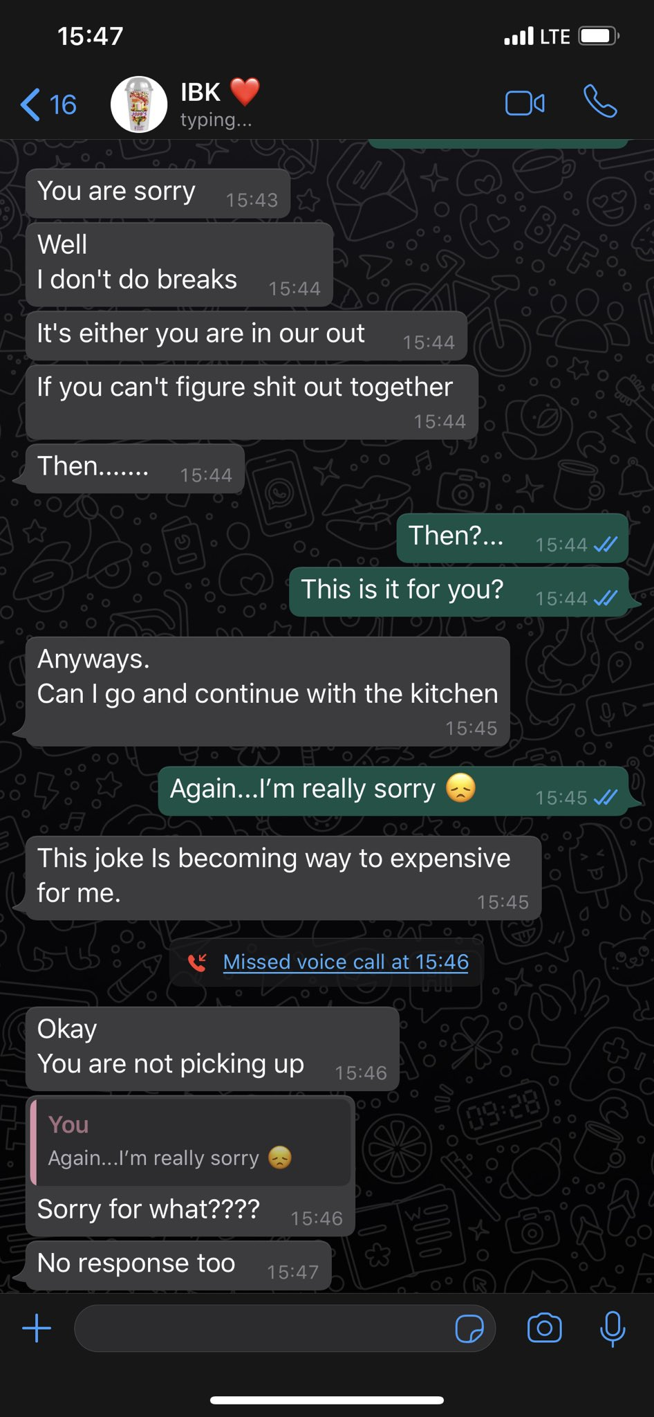 """Hilarious screenshots of people pranking their partners by saying they need a """"two-weeks"""" break 25"""