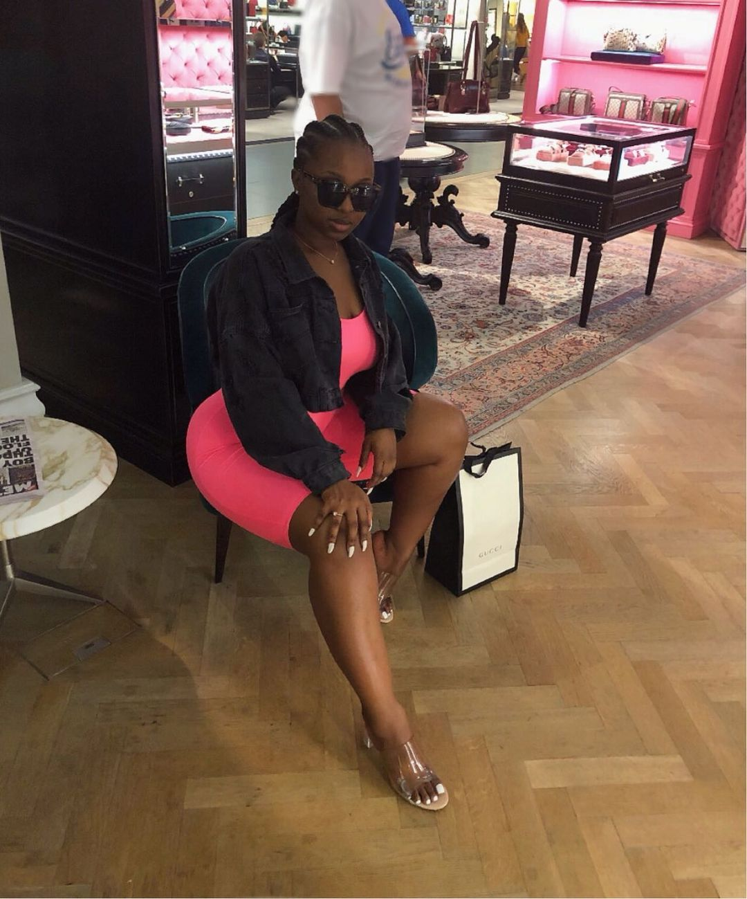 """Burna Boy's alleged side chic Jo Pearl dragged for saying """"silence is better than words """" after calling Burna out"""