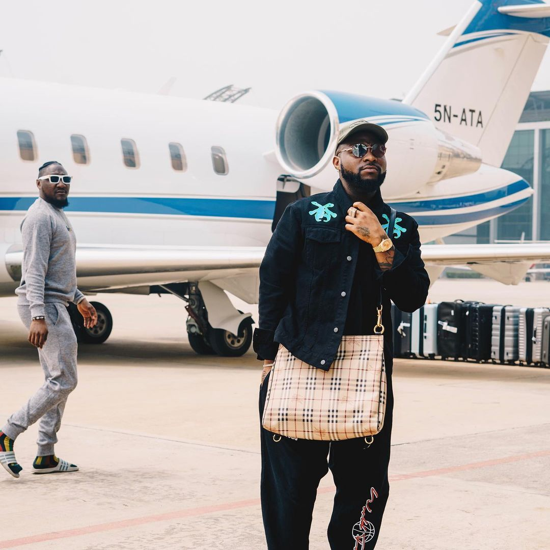 """""""Stop rolling with these upcoming artists"""" - Fan tells Davido ; he replies"""