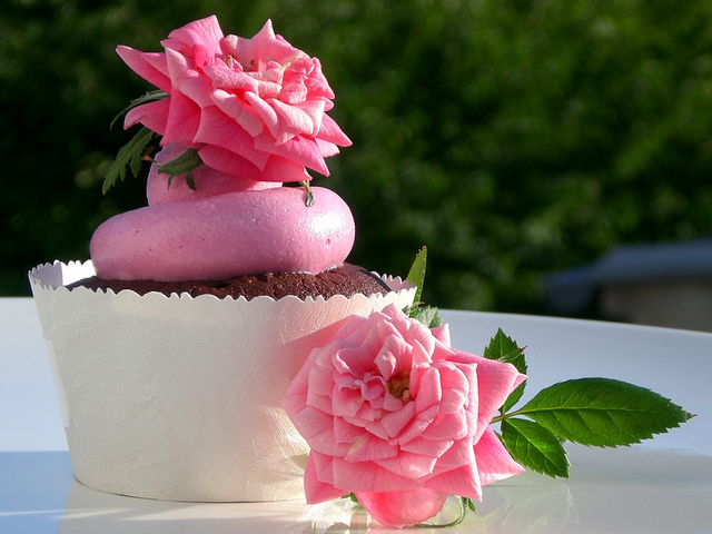 Uses of rose water