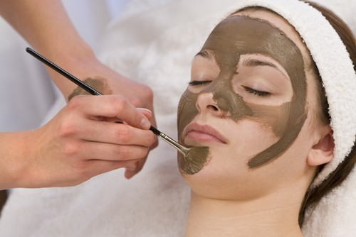 DIY Homemade Vitamin E Face masks For Young looking skin