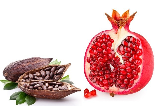 5 Simple Methods To Prepare Pomegranate Face Mask At Home
