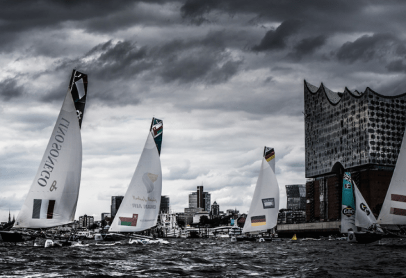 http://www.extremesailingseries.com/gallery/view/act-5-hamburg