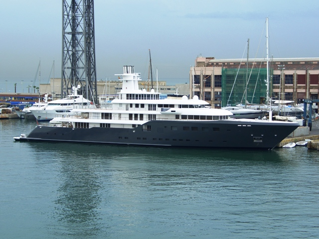 Yachts In Barcelona Boat Shows Amp Yacht Watching