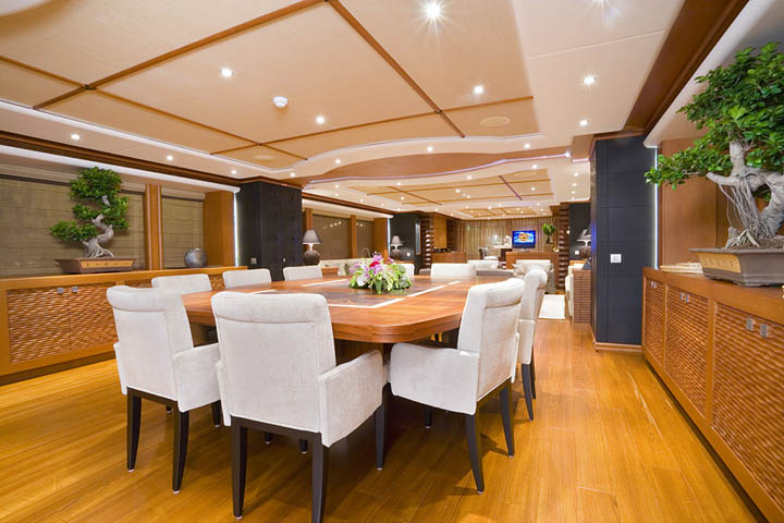 Review Heesen 154 Sirocco Heesen Yacht YachtForums We Know Big Boats