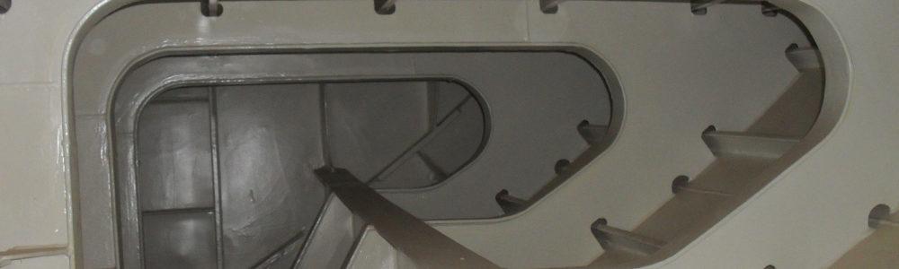 yacht-refit-management-marine-surveys-slider-2