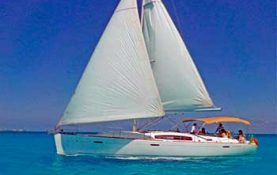 Yacht rentals in Cancun, sailboat Jeanneu 42 feet, romantic dinner, sunset cruise, long charter, sleep on board, sailboat, cancun, isla mujeres