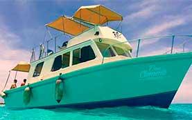 Yacht-Rentals-in-Cozumel-Luxury-Snorrkel-Tour-family Playa del Carmen Rivera Maya Akumal Tulum Yacht Rentals