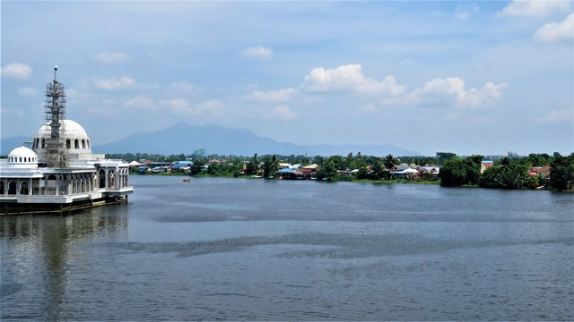 Bornéo Kuching rivière