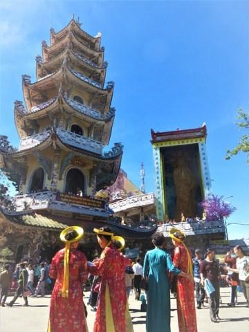 Vietnam Dalat pagode Linh Phu'o'c