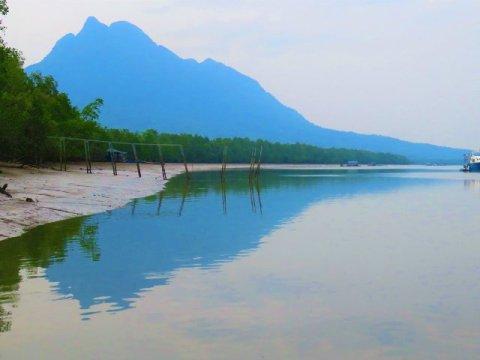Bornéo Santubong montagne