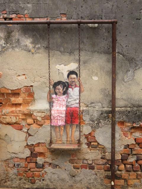Malaisie George Town street art balançoire