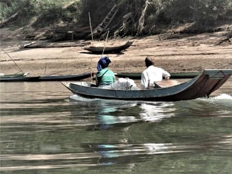 Laos Nong Khiaw Muang Ngoi bateau