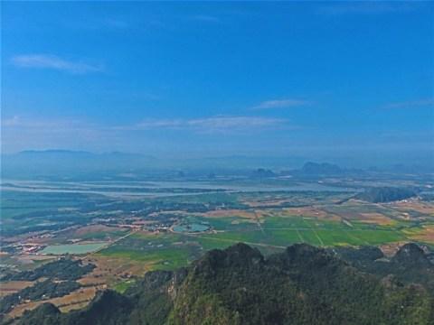 Myanmar Hpa-An Mont Zwe Ka Bin