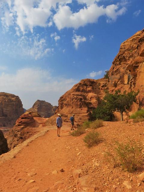 Jordanie Pétra randonnées haut-lieu du sacrifice les gros sacs