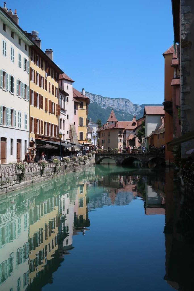 Annecy vieille ville canal