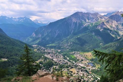 Trek du Tour du Mont Blanc Bivouac Courmayeur