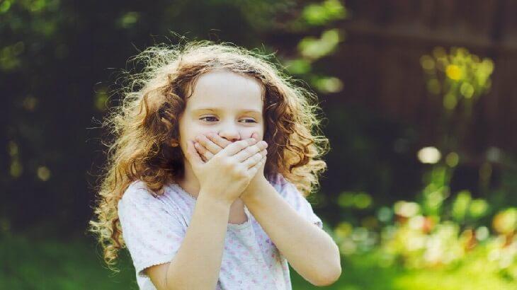 علاج تاخر الكلام عند الاطفال وأسبابه