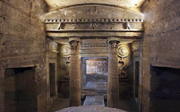 Kom el Shoqafa catacombs, Alexandria, Egypt
