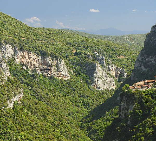 Lousios Gorge, with the Filosofou Monastery on the right and the Prodromou Monastery on the left.