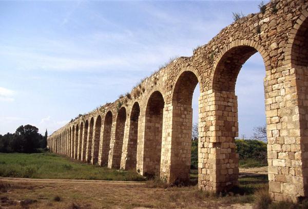 aqueduct at Akko