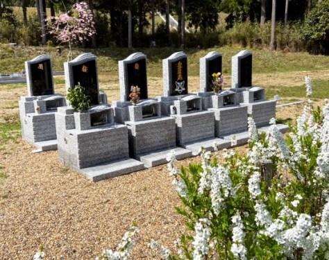 お申込みが増えています。永代供養付家族墓はしっかりとした大きさ使用面積は600×900もございます。