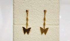 エレガントな蝶々のピアス🦋✨