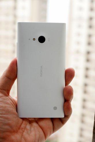lumia-730-belakang
