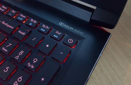 Acer Predator Helios 300 Indonesia (4)