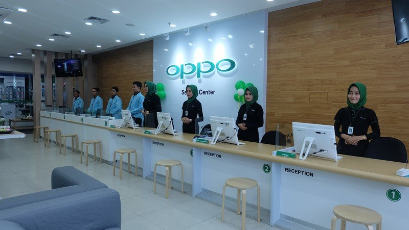 Oppo Buka Service Center Terbesar Se-Jabodetabek di Bekasi