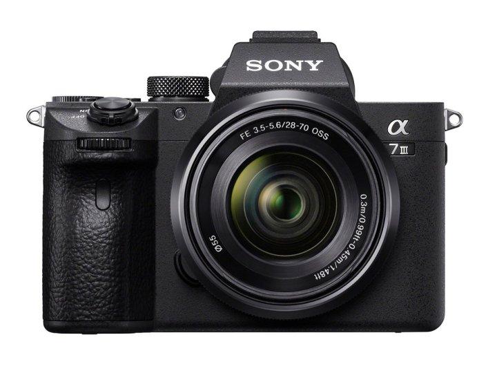 100% Canggih Award 2018: Inilah Deretan Kamera Digital Terbaik untuk Tahun 2018 24 canon, canon EOS 1500D, canon EOS M50, fujfilm, Fujifilm GFX 50R, fujifilm X-T3, GoPro, GoPro HERO7 Black, harga, nikon, nikon coolpix p1000, panasonci, Panasonic Lumix GX9, sony, sony a7 III, Sony RX100 Mark VI, spesifikasi, yangcanggih award 2018