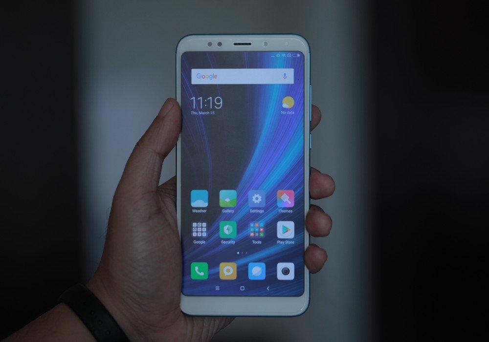 Review Xiaomi Redmi 5 Plus: Layar Ekstra Lebar, Spesifikasi
