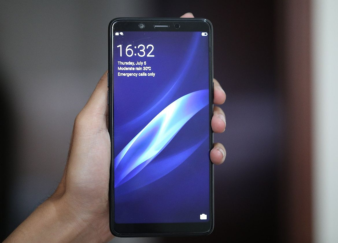 Oppo F7 Youth 9