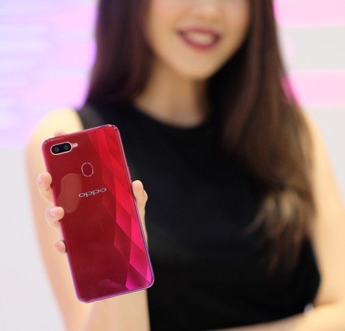 [Gadget Guide] Panduan Beli Smartphone OPPO untuk Liburan Natal 2018 dan Tahun Baru 2019 4