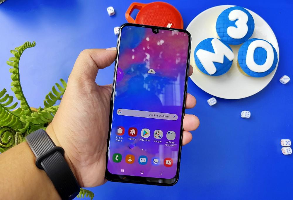 Review Samsung Galaxy M30: Fitur Lebih Menggiurkan, Baterai Tetap Ekstra Besar 12