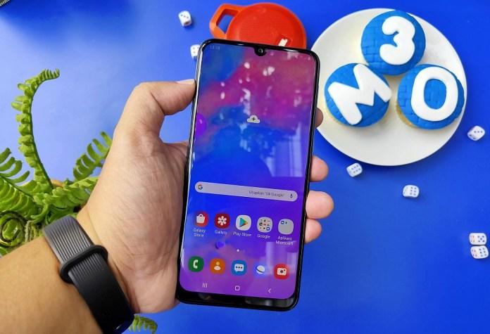 Review Samsung Galaxy M30: Fitur Lebih Menggiurkan, Baterai Tetap Ekstra Besar 2