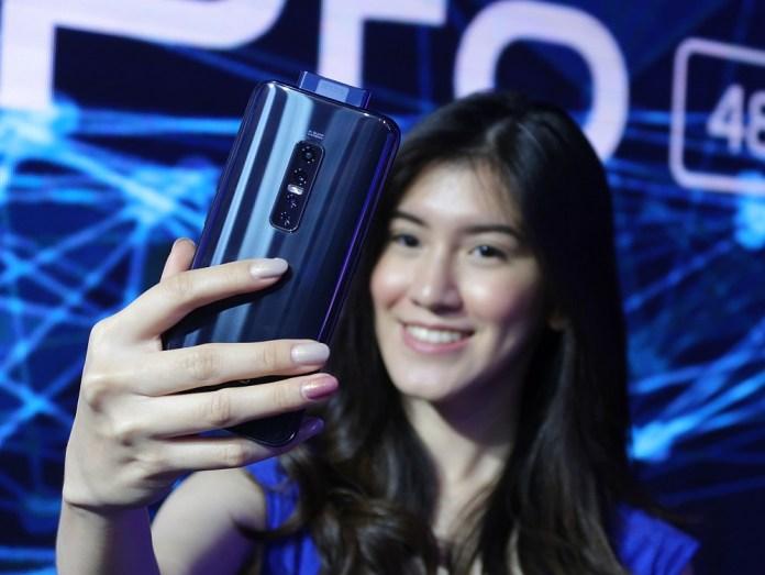 Review Vivo V17 Pro: Smartphone dengan 4 Kamera Belakang dan 2 Kamera Selfie 4