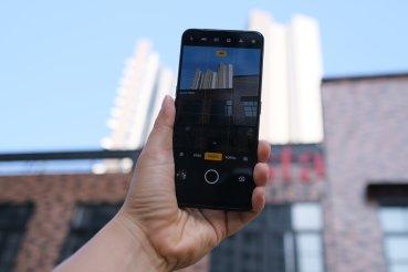 OPPO Reno 2F kamera UI