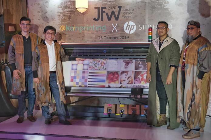 HP Hadirkan Printer Large Format, HP Stitch S500, untuk Mendukung Industri Fashion Indonesia